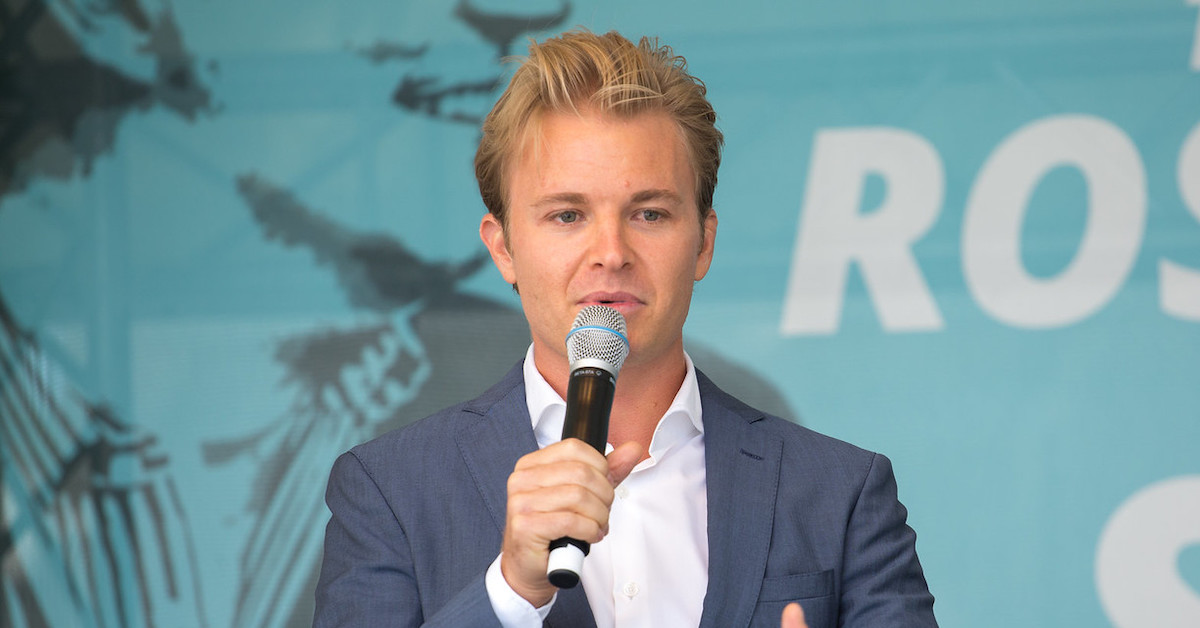 Nico Rosberg als Löwe bei Die Höhle der Löwen